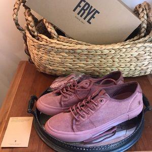 NEW NIB FRYE 9.5 Gia Canvas tennis shoes sneakers
